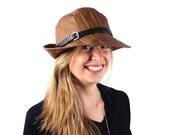 Veronica rain hat in cognac brown
