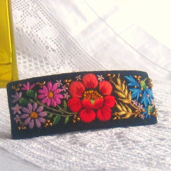 Elaborated Hand Embroidery Barrette