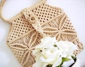 Vintage 70s macramé cream handbag/ cream woven bag/ tan woven canvas bag