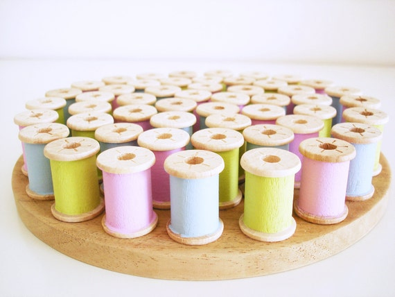 Easter decor/ Hand painted wooden trivet/ handmade vintage spools hot plate stand/ Spring colors/ blue green pink décor for the home