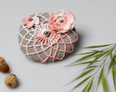 LACE STONE. House accessory, Crocheted Beach Stone. Pink and White. Handmade gifts. Table top.