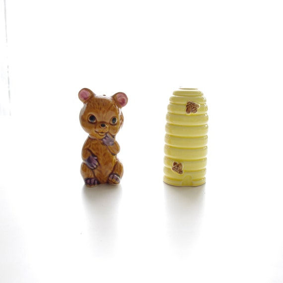 Vintage Bear and Bee Hive Ceramic Salt and Pepper Shakers - House Wares - Home Decor - Yellow and Brown - Mother's Day
