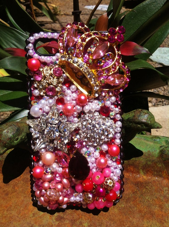 Pink, vintage with pearls, bling iPhone 4/4s case