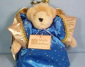 Vintage Muffy VanderBear - Limited Holiday Edition 1989
