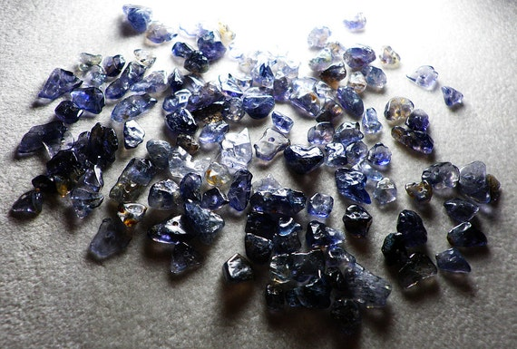 Iolite Chip Beads Mixed Sizes