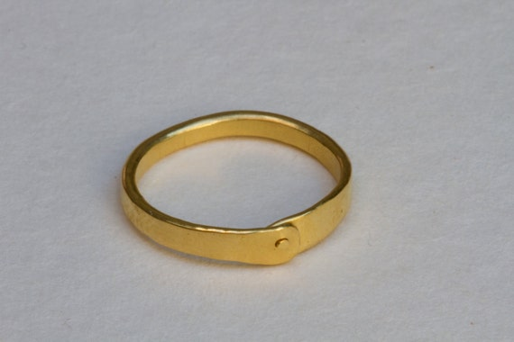 Alternative engagement ring- A simple golden ring with a small dot. handmade.