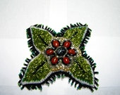 Flower Pin Surrounded by Four Leaves
