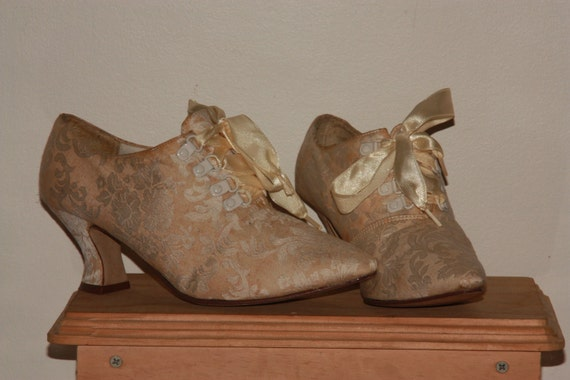 Fairy Godmother shoes - Victorian copy reproduced in the 80's (Size 8.5)