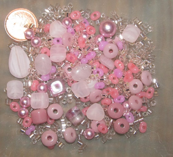bead destash Clearance - Loose Beads - Shades Pink Glass Beads - lot 0201