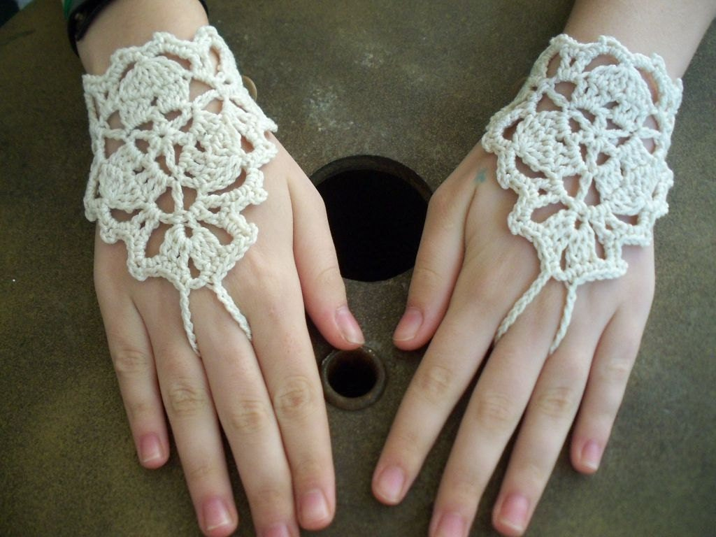 Crocheting With Your Hands : Wedding bridal bracelet Cream ivory Crochet Lace by yagmurshop