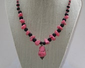 Chunky Pink Howlite Beaded Necklace