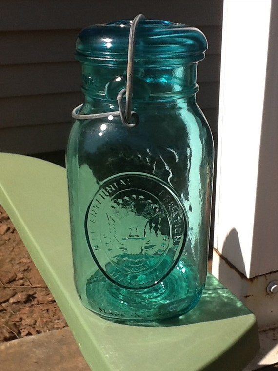 quart size bicentennial blue mason jar blue quart mason jar. Black Bedroom Furniture Sets. Home Design Ideas