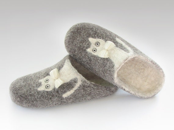 Felted slippers of natural ecological sheep and alpaca wool, grey, white,  ready to ship, US size 7/ EU size 37