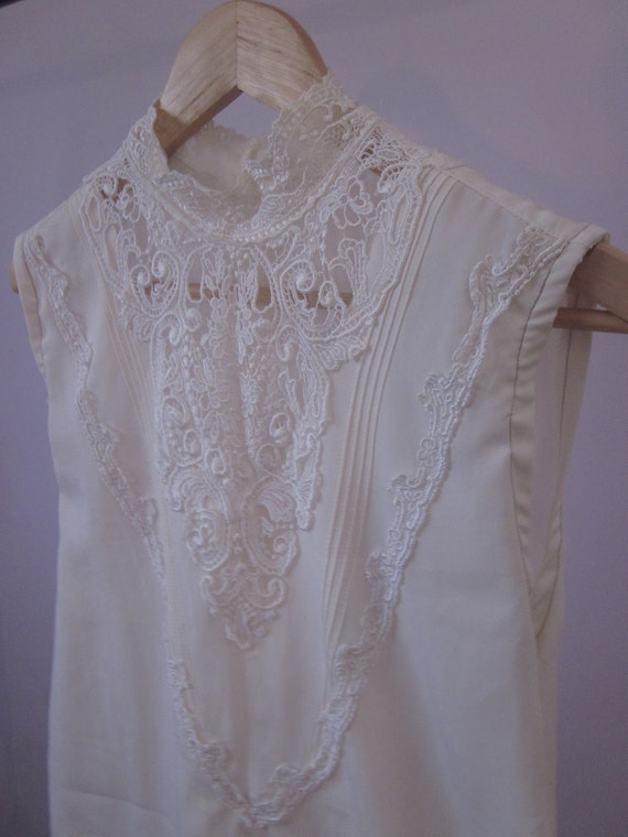 80s 90s Lace White Sleeveless Top