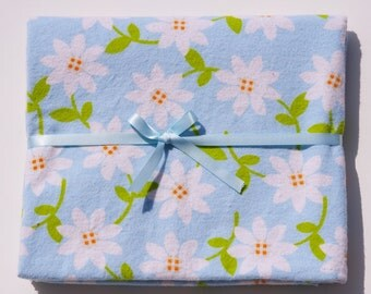 Extra Large Receiving/Swaddle Blanket -Blue White Daisies 36x42