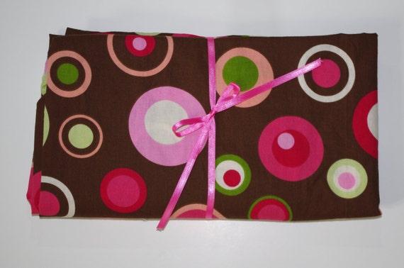 Baby/Toddler Crib Sheet -Fitted Cotton Sheet - Fun Big Dots Brown, Green, Pink