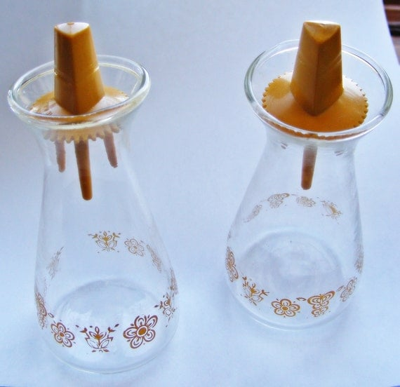 Vintage Pyrex Butterfly Salt & Pepper Shakers
