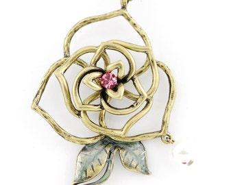 Vintage Feel Beautiful Gold-tone Flower Pendant NECKLACE