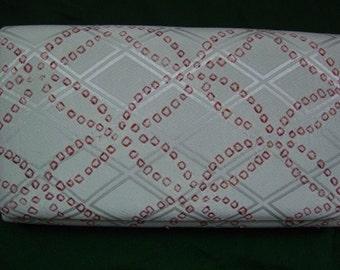 Light grey silk clutch bag, red shibori pattern, 1980s vintage Japanese