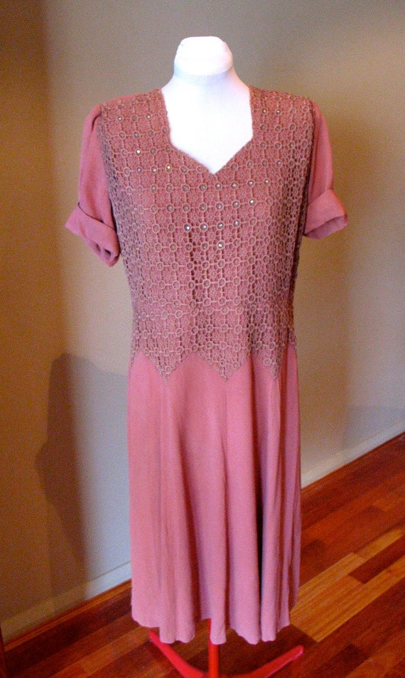 Vintage Early 1940s Sparkling Lace Bodice Dress - L