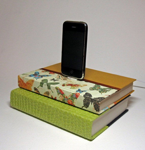 Butterfly Design Charging Station for iPhone and iPod