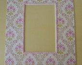 Photo Mat, Picture Mat - 8X10 Mat with 4X6 Opening, Ivory Core, Fabric Covered, Pink, Cream Floral Pattern, Pink Braid Trim
