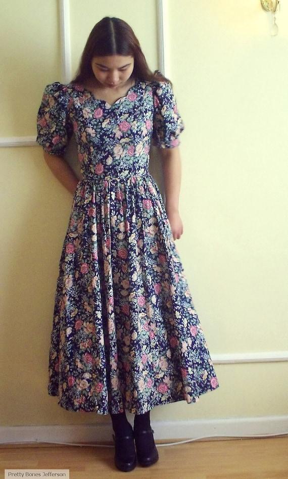 80s LAURA ASHLEY dress floral print rose mint condition