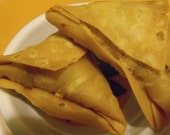 Vegetarian  VEGAN Samosas  Four Potato Stuffed  with a Hint of  Mild Curry