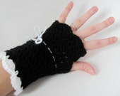 The Molly - Black and white fingerless gloves / arm warmers / wrist warmers - Free shipping