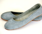 EVA. SALE sz 9 Grey Flats / womens shoes / Suede ballet flats - BaliELF