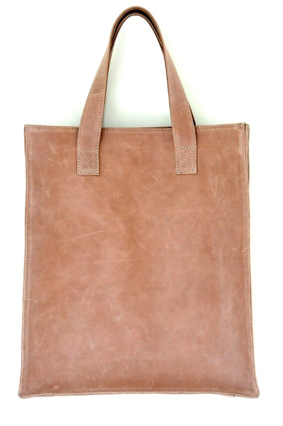 MINIMO. Leather shopper bag / simple leather bag / leather handbag / sturdy tote bag / shopper tote . Available in different leather colors.