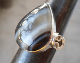 Drop Agate Silver ring - Handmade jewelry - Natural stone ring