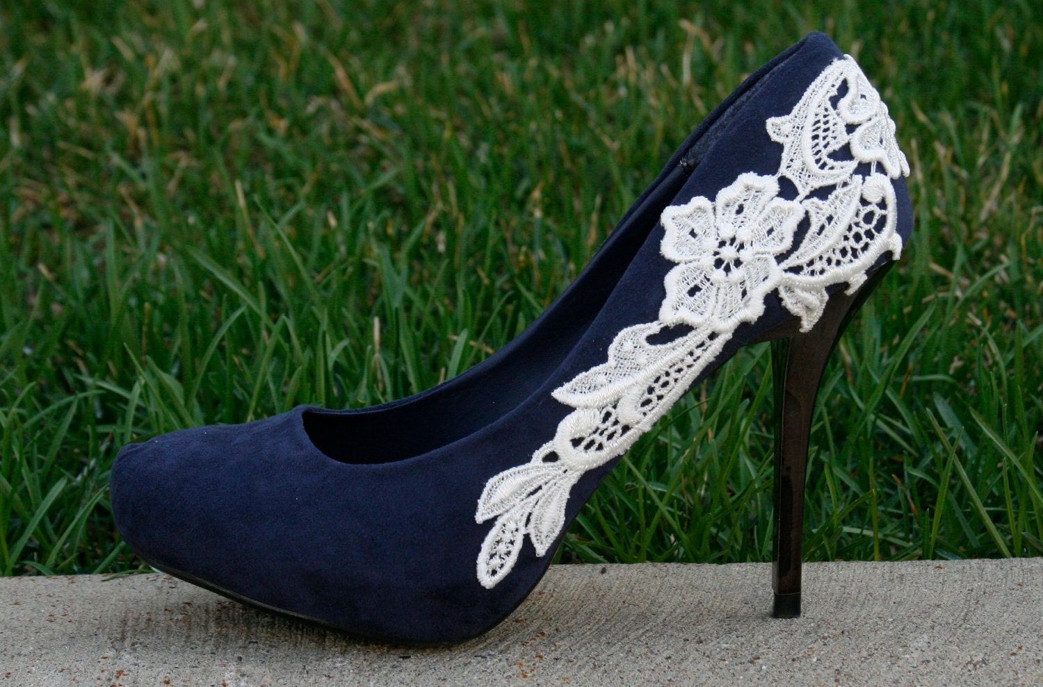 SALE SALE. Blue Wedding Shoes With Venise Lace By Walkinonair