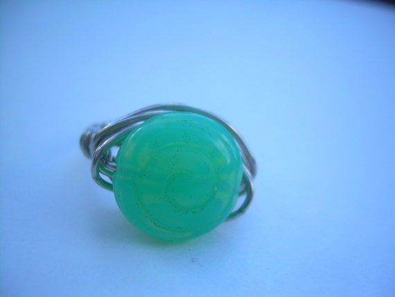 Silver Tone Wire Wrapped Green Glass Ring /Free Shipping