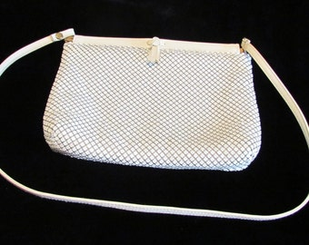 Vintage Whiting and Davis White Enamel Mesh Purse 1970s Day Purse Very Good Condition