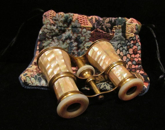 1800s Lemaire FI Paris Opera Glasses France Mother of Pearl Exquisite Near Mint Condition