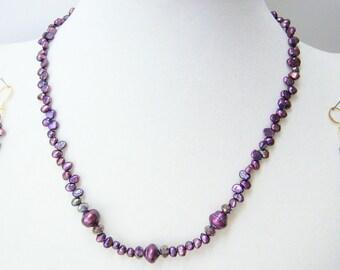 Bordeaux necklace & earrings