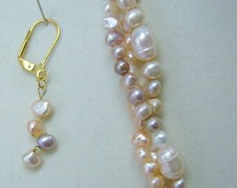 Peignoir Pearls in soft pastel tones