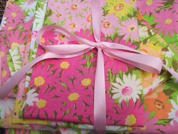 Vintage 1960s Flowered Sheet set pinks, oranges, yellows, FLower Power