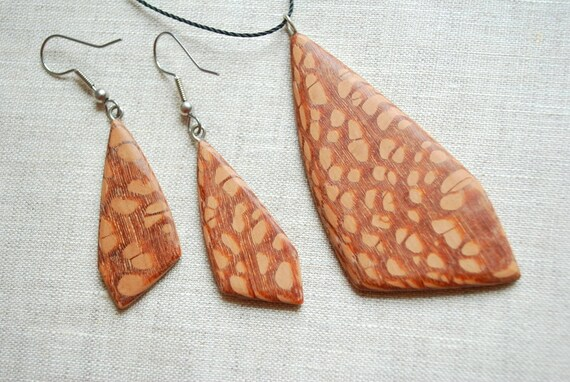 Wood pendant and earrings set-Beige-brown, dots-Woodland,rustic,country-Gift idea
