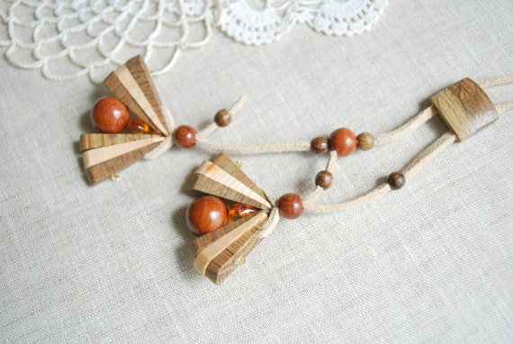 Spring flowers-Juniper-oak necklace-Nature,eco friendly,handmade-Wood,woodland