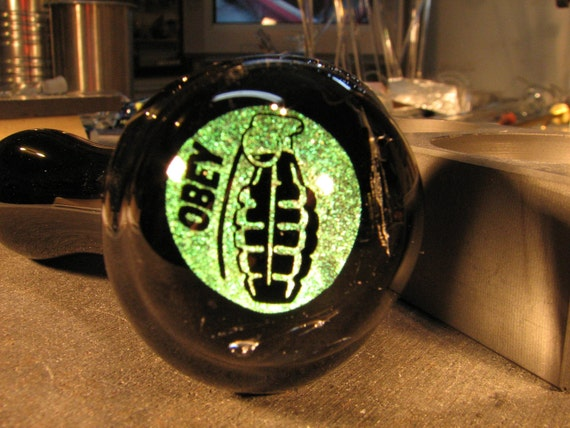 Glass Pipe OBEY GRENADE