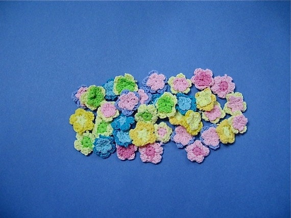 Crocheted Flowers Embellishments Two Layer - 35