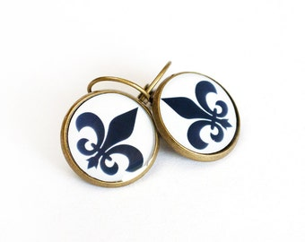 Fleur de Lis Clear Resin Earrings 3/4 inch (16mm)