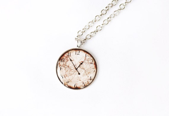 "Vintage ""White Gold Color"" Necklace decorated with Antique Clock Picture and covered with Clear Resin - 10 inch (26 cm)"