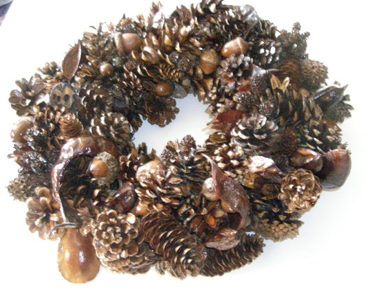 Seed Savers Autumn Wreath Pod & Pinecone Holiday Door Wreath