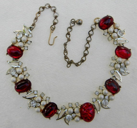 Vintage KARU Red Jelly Cabochon Choker Style Goldtone Necklace with Faux Pearls and Clear Rhinestones