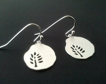 Lovely Small Tree with Hammered Pear Earrings, Drop Earrings, Dangle earrings,  - small, cute, everyday jewelry, lovely gift