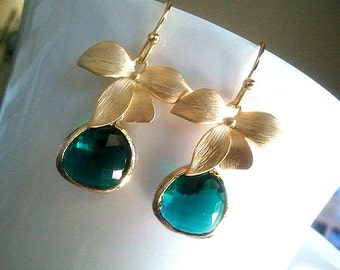 Emerald Earrings, Flower Drop, Dangle, Glass Earrings, bridesmaid gifts, ORCHID earrings,Wdding Bridal Bridesmaid Jewelry Christmas Gift