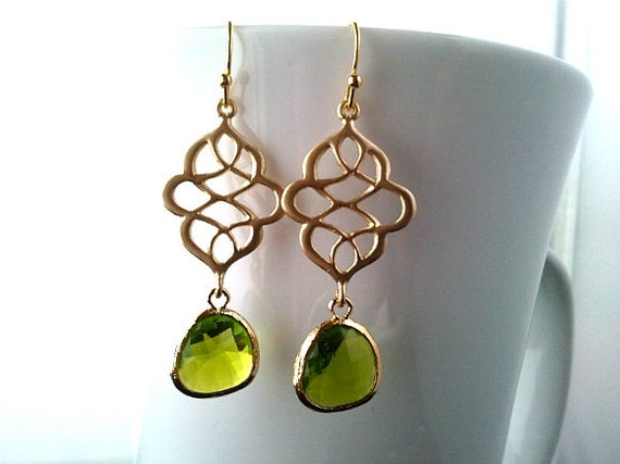 Royal Apple Green Chandelier earrings,Drop, Dangle, Glass Earrings, bridesmaid gifts,Wedding jewelry,Christmas Gift